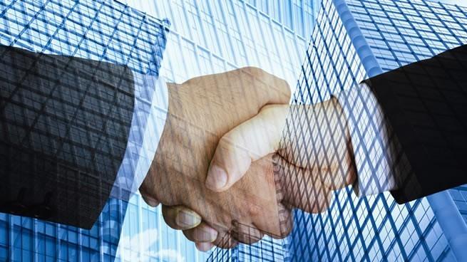 hacer alianzas estratégicas con otros negocios