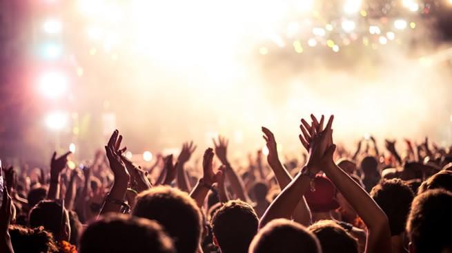 organización de fiestas para jóvenes