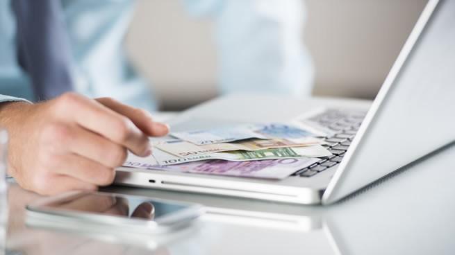 17 formas de ganar dinero desde casa