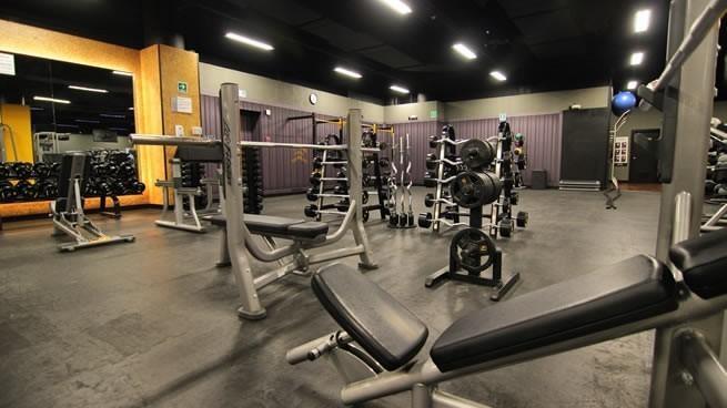 gimnasio de bajo costo